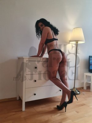 Mirlene live escort & erotic massage