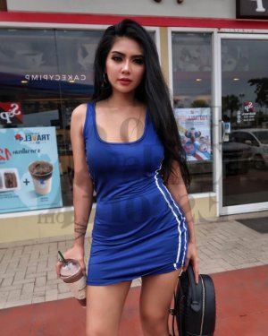 Tahia asian live escort in Macclenny & nuru massage
