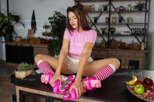 Edouarlise thai massage in Lansing Kansas and escort girl