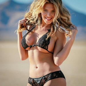 Flossie escorts in Bradenton & thai massage