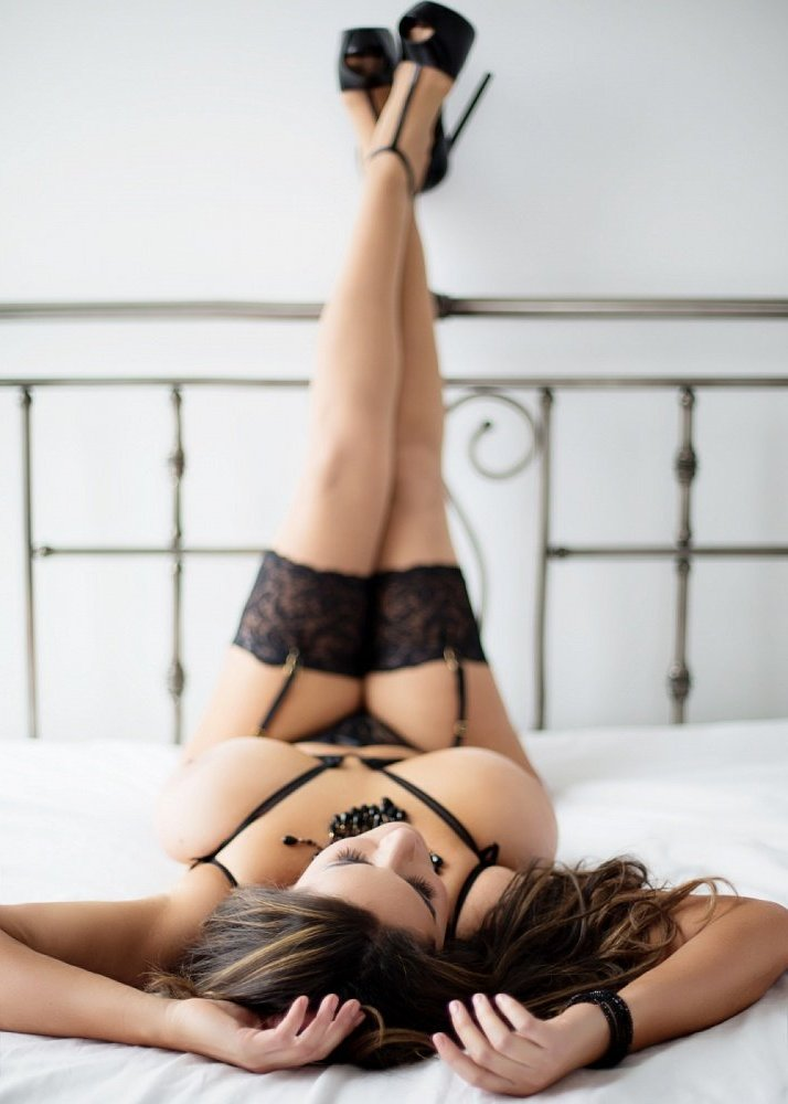 escort girl & nuru massage